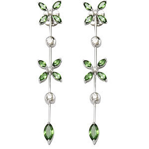 Long Earring, White Gold and Diamonds