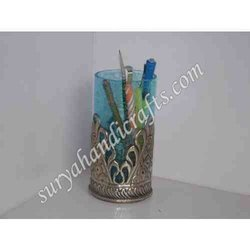 Meena Pen Stand With Lecker On It