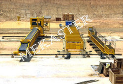 Paving Equipments (Conveyor On Bed)