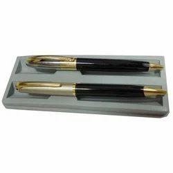 写作扭曲钢笔