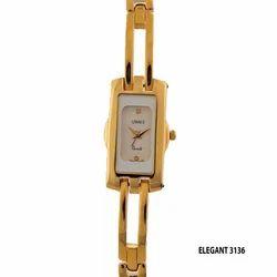 Ladies Elegant Rectangle Golden Dial Wrist Watch
