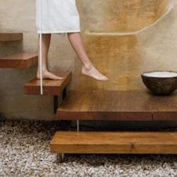 Solid Beige Natural SPA Stones, Thickness: 18 Mm, Packaging Type: Bag