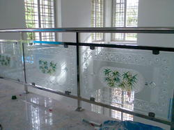 Hand Rail Using Glass And Stainless Steel.