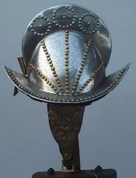 Decorative Comb Morion