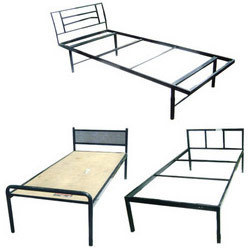 CAnd Wooden Cots