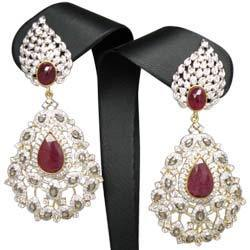 Diamond Chandelier Earrings | Satguru Jewels | Exporter in Khar ...