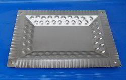 Iron Sheet Embossed Silver Tray, Shape: Rectangle