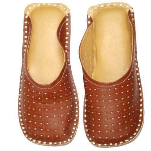 ccbbb5ab54487 Synthetic Leather Red Fancy Kolhapuri Chappals