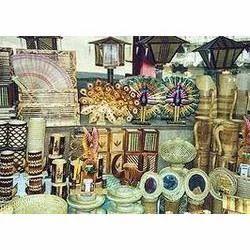 Wooden Handicraft Items | Levtop International | Exporter in