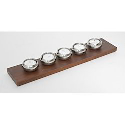 Set Of 5 Double Wallled Tealite With Wooden Tray