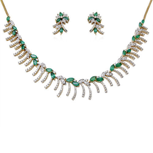 18k White Gold Emerald Necklace Set At Rs 193563 Piece Gold
