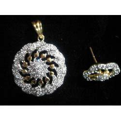Artificial Diamond Studded Pendant Set
