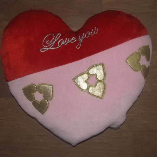 Heart Shaped Cushions - Rhythmic Heart Cushion Exporter from Noida