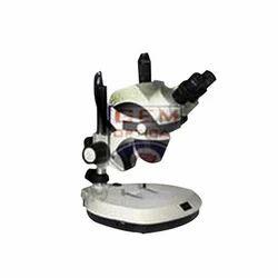 Stereo Zoom Trinocular Microscope