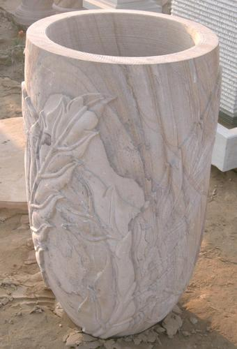 IndiaMART & White Stone Flower Pot