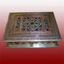White Metal Handicrafts Safed Dhatu Hastshilp Manufacturers