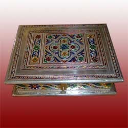 Decorative White Metal Handicrafts