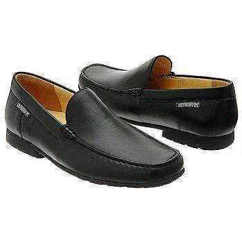 4c11bd89b034 Manufacturer of Plastic Footwear     Gents Plastic Footwear by Apex ...