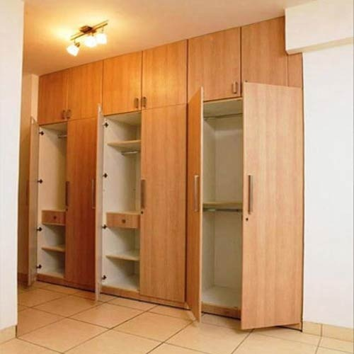 Wooden Modular Wardrobe at Rs 1050 /square feet(s ...