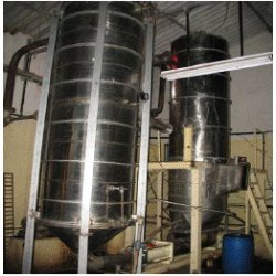 Vapour separator and vacuum concentrator