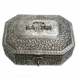 Silver Plated Octagon Bangle Box