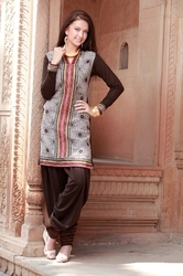 V Neck Cotton Ladies Salwar Suits