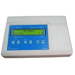 Combined Conductivity/pH/Temperature Indicator