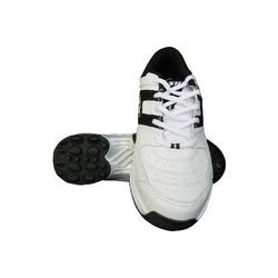 Half Spike Cricket Shoes
