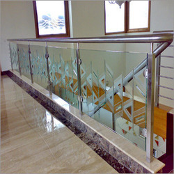Stairs Bar Designer Stainless Steel Railings, For Home,Hotel, Mounting Type: Floor
