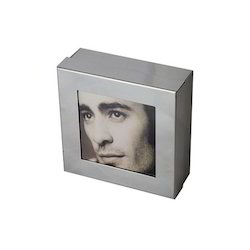 Box Photo Frame