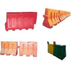Road Barrier Mould, Thickness: 4 Mm