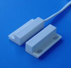 Magnetic Sensors / Surface Mount Magnetic Switch
