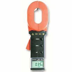 Digital Clamp-On Earth Resistance Meter