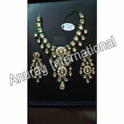 Latest Kundan Necklace Sets