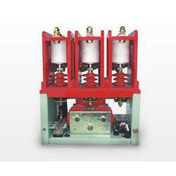 Vacuum Contactor With Mechanical Latch