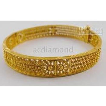 Malabar Fashion Jewelery Exporter of Gold Necklaces & Gold Rings