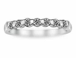 Metro Bar Set Diamond Ring