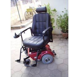 Deluxe Wheelchair With Swiveling Seat
