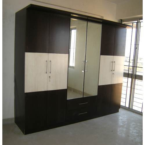 View Specifications Details Of Modern: View Specifications & Details Of Wooden Wardrobe By Shine Interiors, Bengaluru