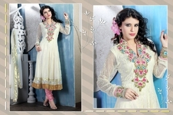 Splendorous Pale Butter Cream Salwar Kameez