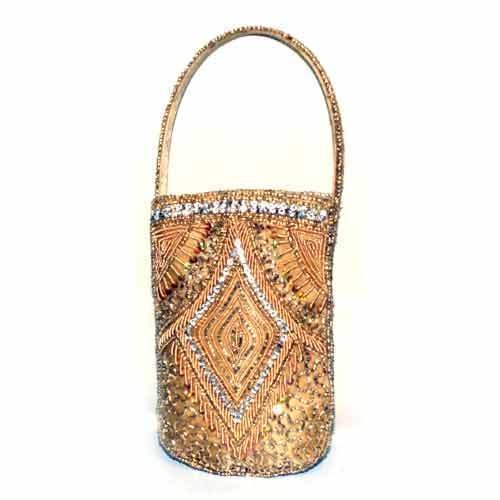 new concept 3b440 eaaff Designer Mobile Purse