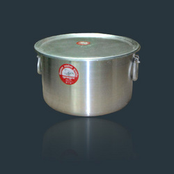 Tope-With-Lid Cookware