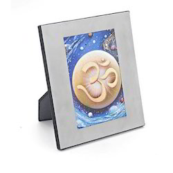 Elegancia Photo Frame