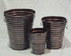 Medium Iron Planters