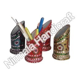 Lakh Pen Stand