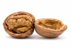 Walnut, Packaging Type: Sacks
