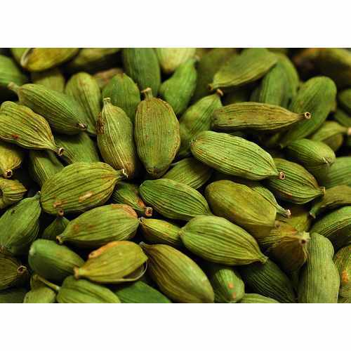 Bold Green Cardamom, Cardamom Size: 8 mm, Packaging Type: Gunny Bag