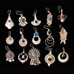 Designer Earring View Specifications Details of Fashion Earrings