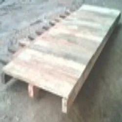 Light Weight Long Pallets | Ashapura Enterprise