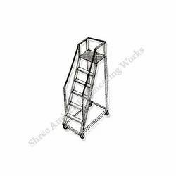 Aluminum Trolley Step Ladders
